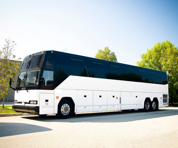 Bus/Coach Rental (Booking fee: 25%)