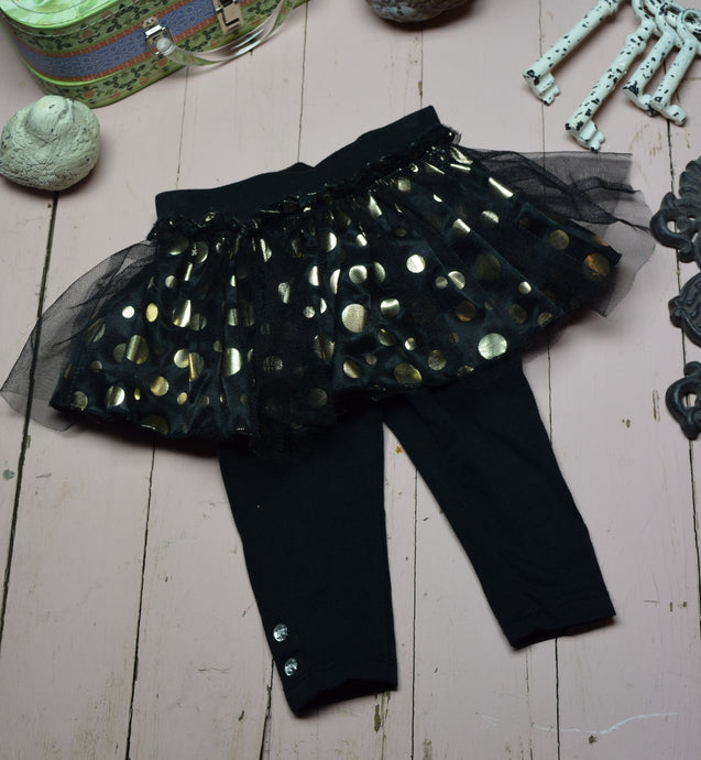 Polka dot ruffle pants 9-12 Month old