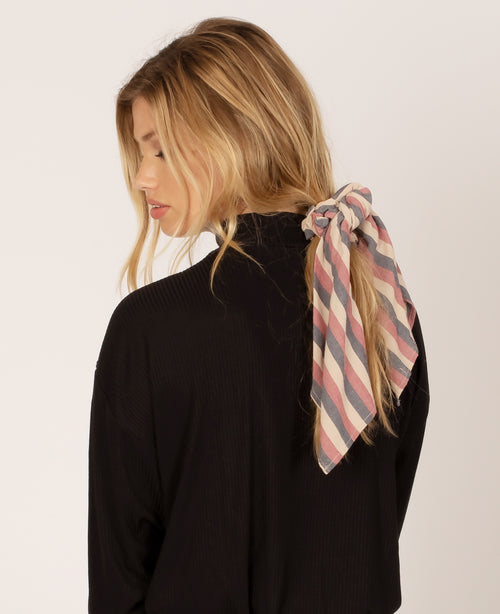 Up and Back Woven Scrunchie Scarf