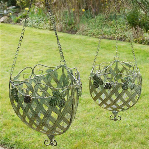 Bisceglie outdoor metal hanging baskets - set of two