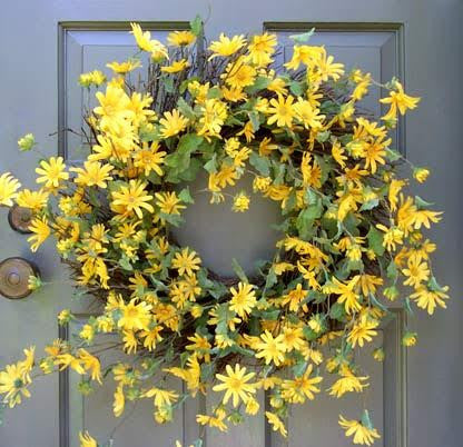 Yellow Daisy Wreath