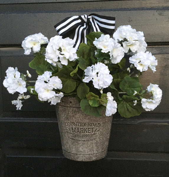 Farmhouse White Geranium Door Planter