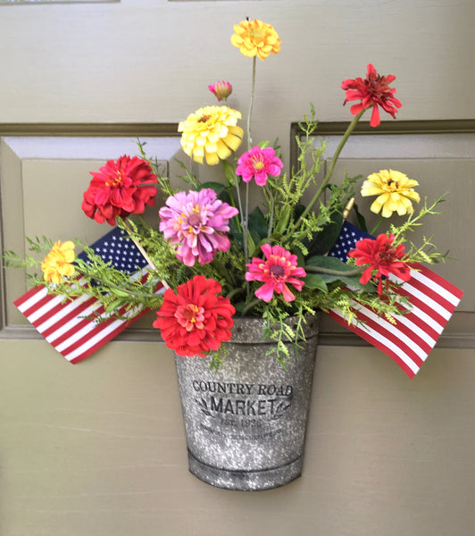 Patriotic Zinnia Door Planter