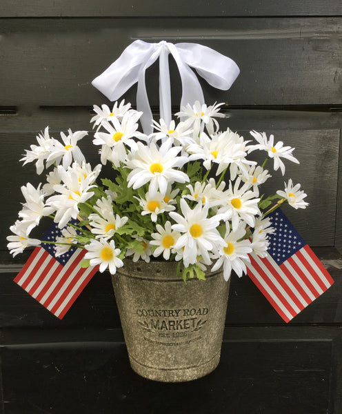 Patriotic Daisy Door Planter