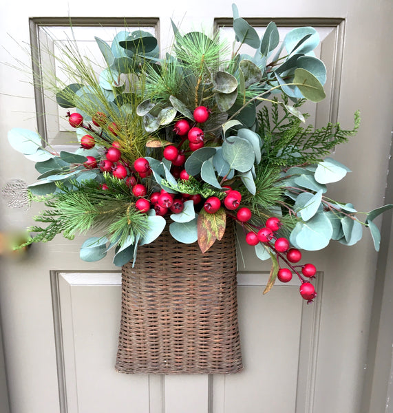 Holiday & Winter Door Basket
