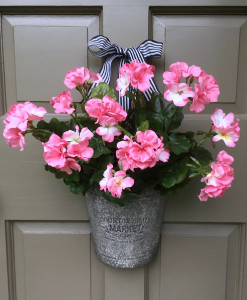 Farmhouse Pink Geranium Door Planter