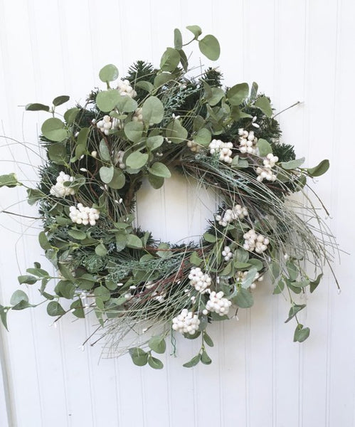Winterland Wreath (Medium)