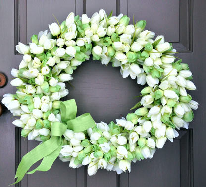 Glorious Tulip Wreath
