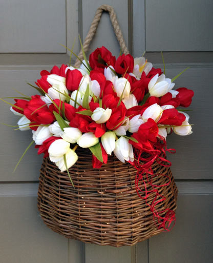 Red & White Tulip Door Basket