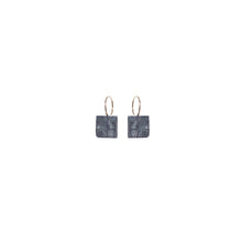 blak mini square earrings