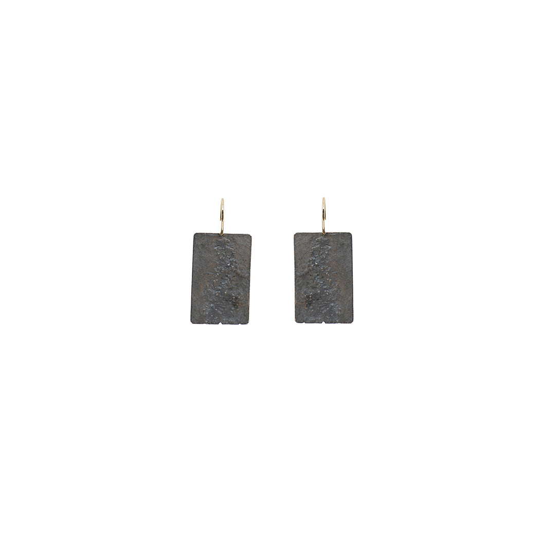 blak big rectangle earrings