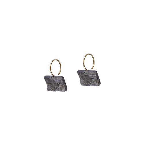 blak mini rectangle earrings