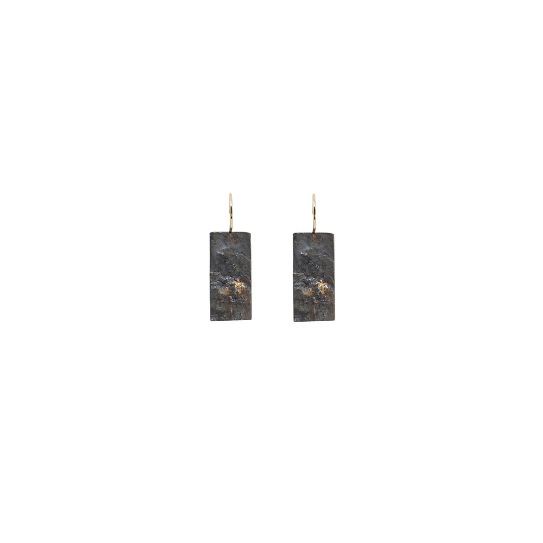 blak mini rectangle earrings 2