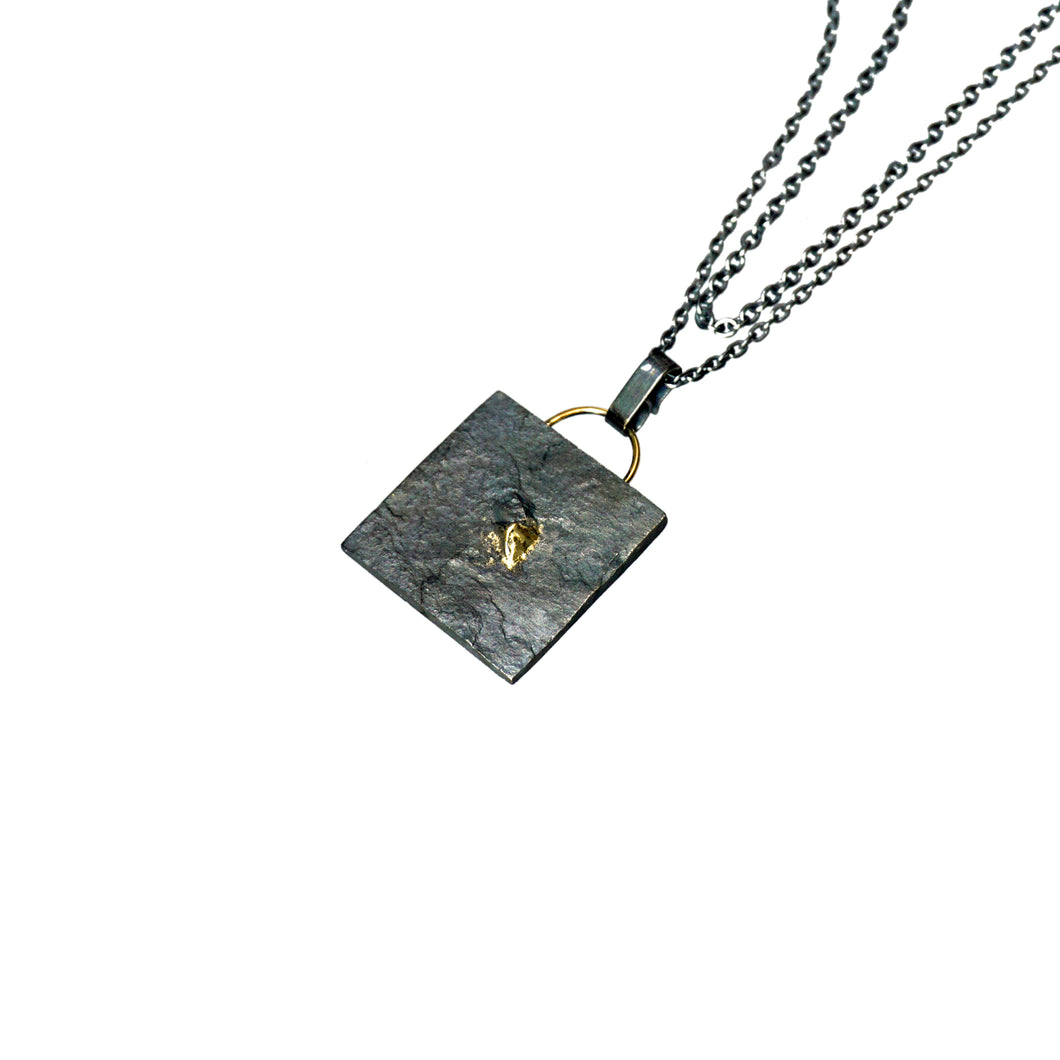 blak square layered necklace