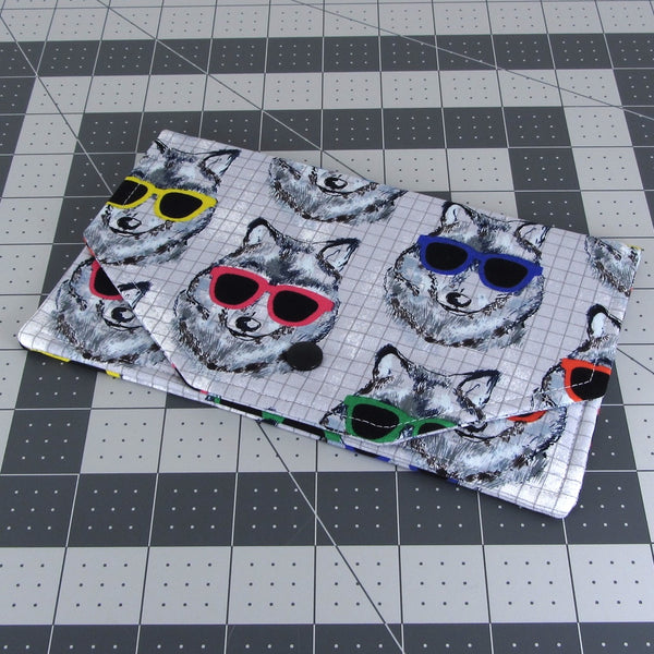 Handmade Dog In Sunglasses Fabric Women's Clutch Wallet