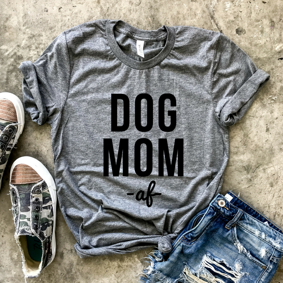 Dog Mom AF Grey Unisex Tee