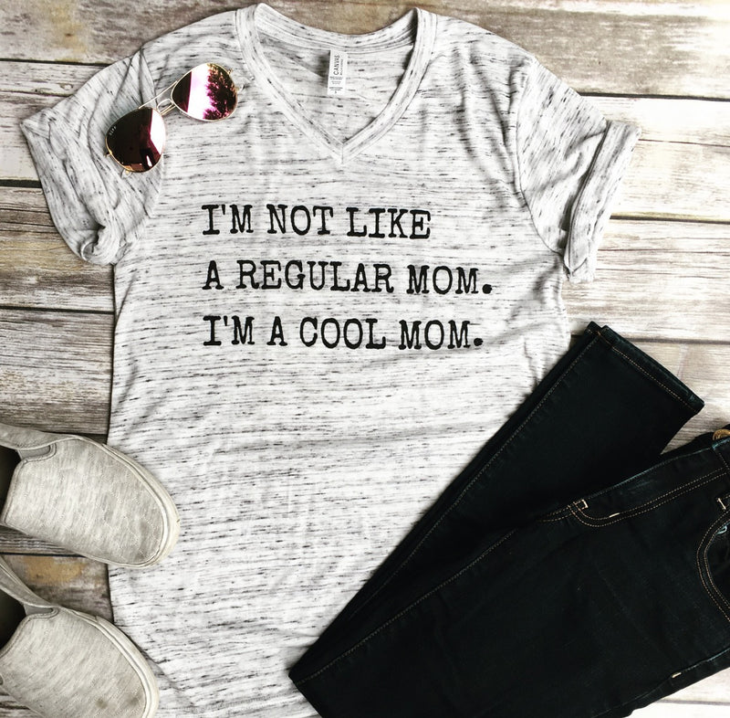 I'm a Cool Mom White Marble Unisex Tee