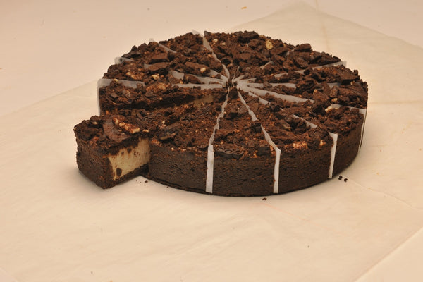 BC09 -  14cut Cookies & Cream Cheese Cake _ تشيز كيك كوكيز وكريم