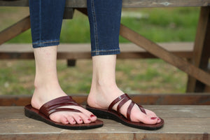 Rainbow straps leather flipflops