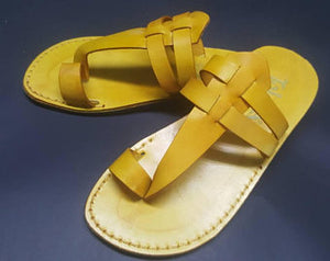Yellow leather flipflops for women ,very comfy  flay slippets