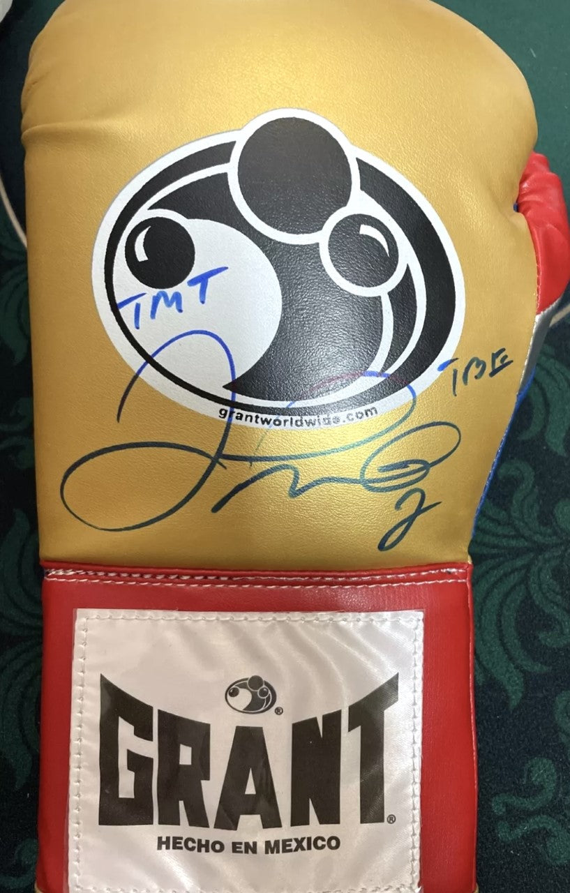 Floyd Mayweather Jr., Autographed Grant Boxing Glove in Blue signature