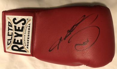 Sugar Ray Leonard signed Autographed Reyes Boxing Glove