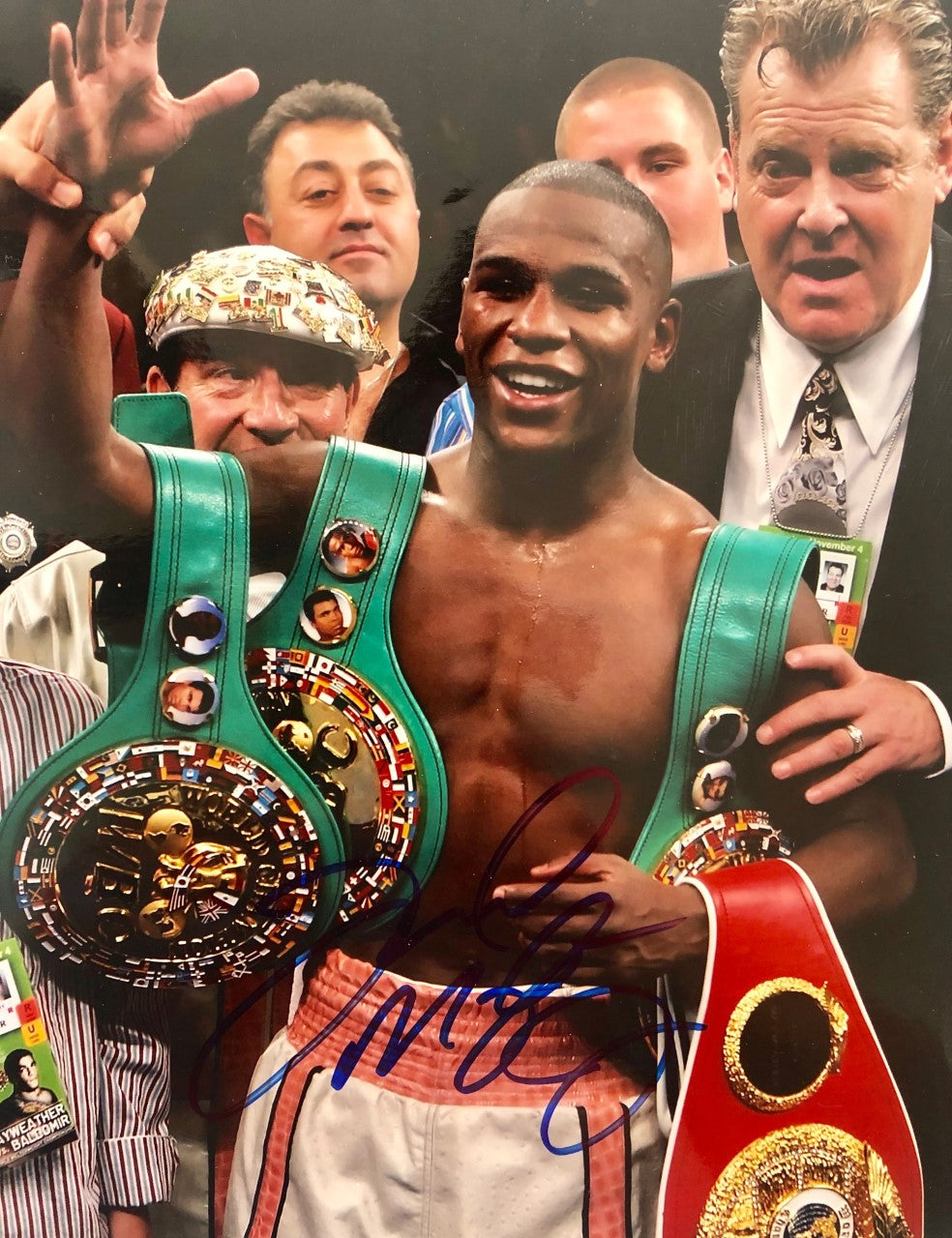 Floyd Mayweather Jr. Autographed Photo 11x14 size Young Floyd