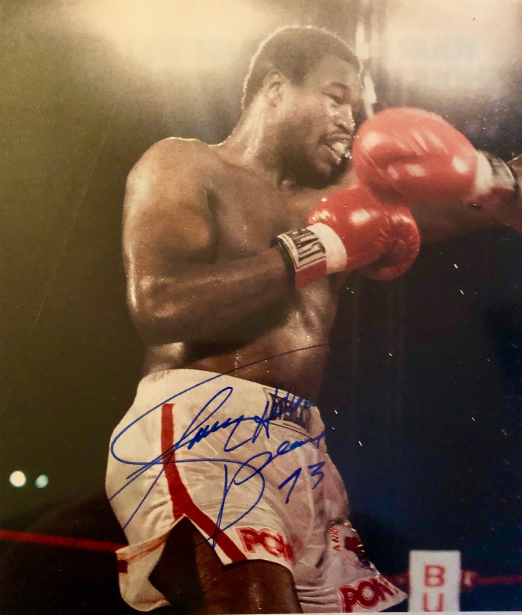 Larry Holmes vintage signed Autographed 8x10 Boxing Photo