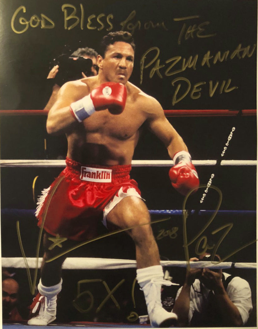 Vinny Paz Pazienza Signed in Gold a Autographed 8X10 Photo 5X World Champ