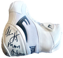 "Tommy ""Hitman"" Hearns Signed Everlast Boxing Boots Rare with photo proof"