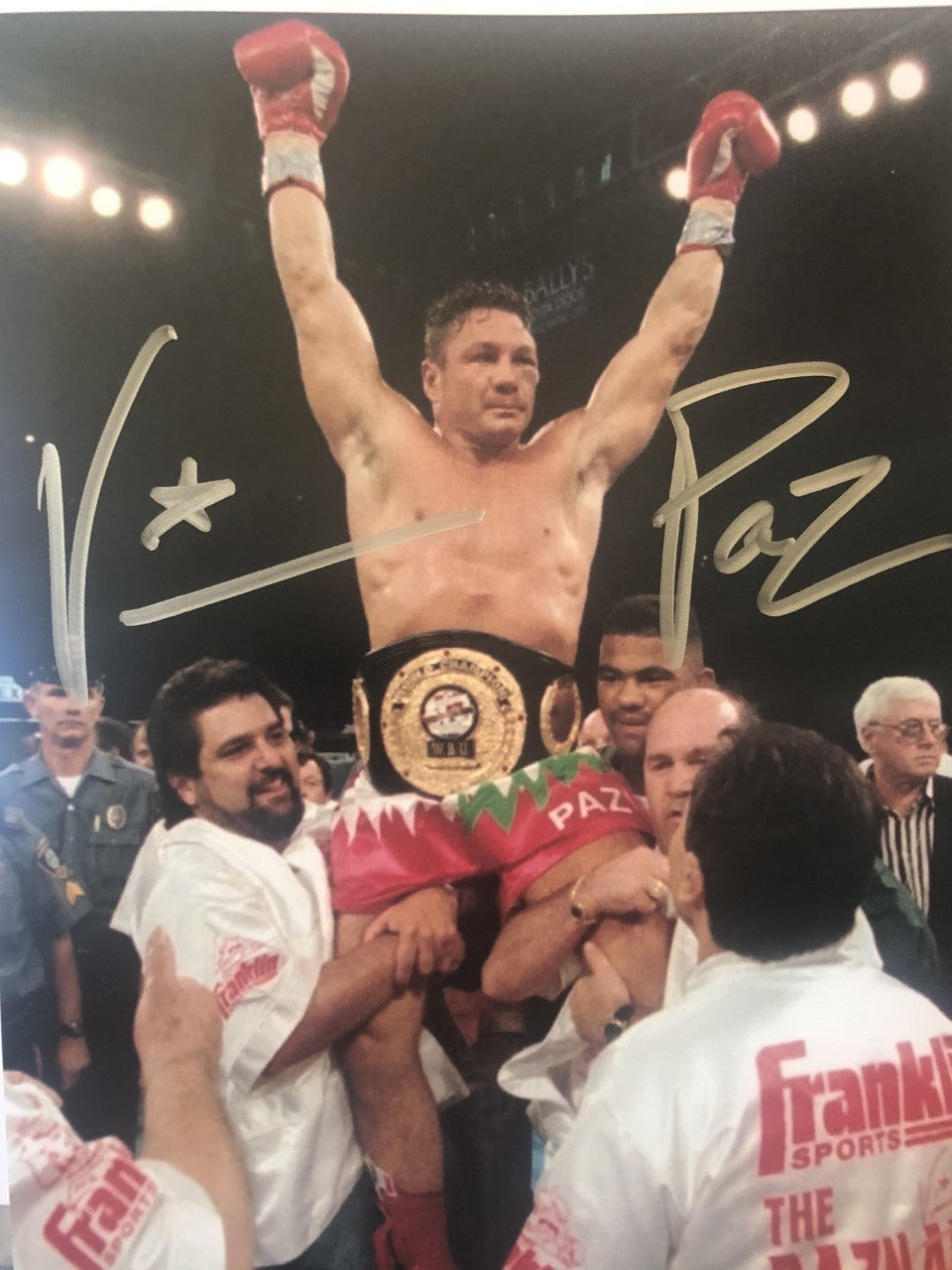 Vinny Paz Pazienza Signed Autographed 8X10 Photo 5X World Champ