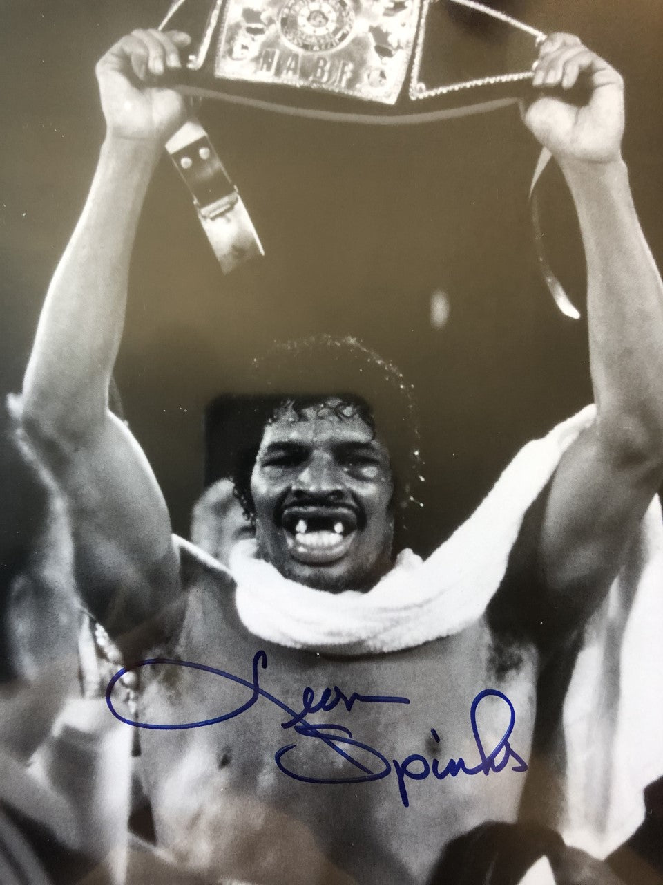 Leon Spinks Signed Authentic Autographed 8x10 Photo Hand Signed COA