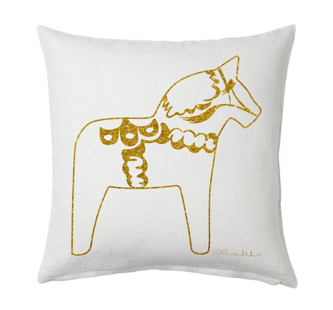 Dala Horse pillow case. The Dala Horse first represented Sweden at the New York World Fair in 1939. Fabric: 100% Ramie commonly known as Chinese grass.