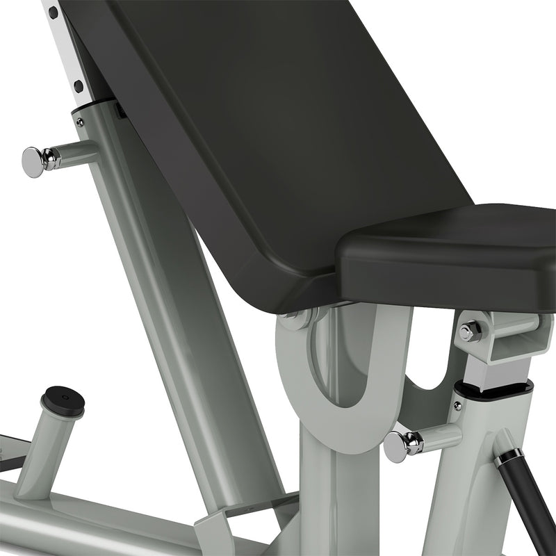 Spirit Fitness ST800FI zero seat gap in incline position.
