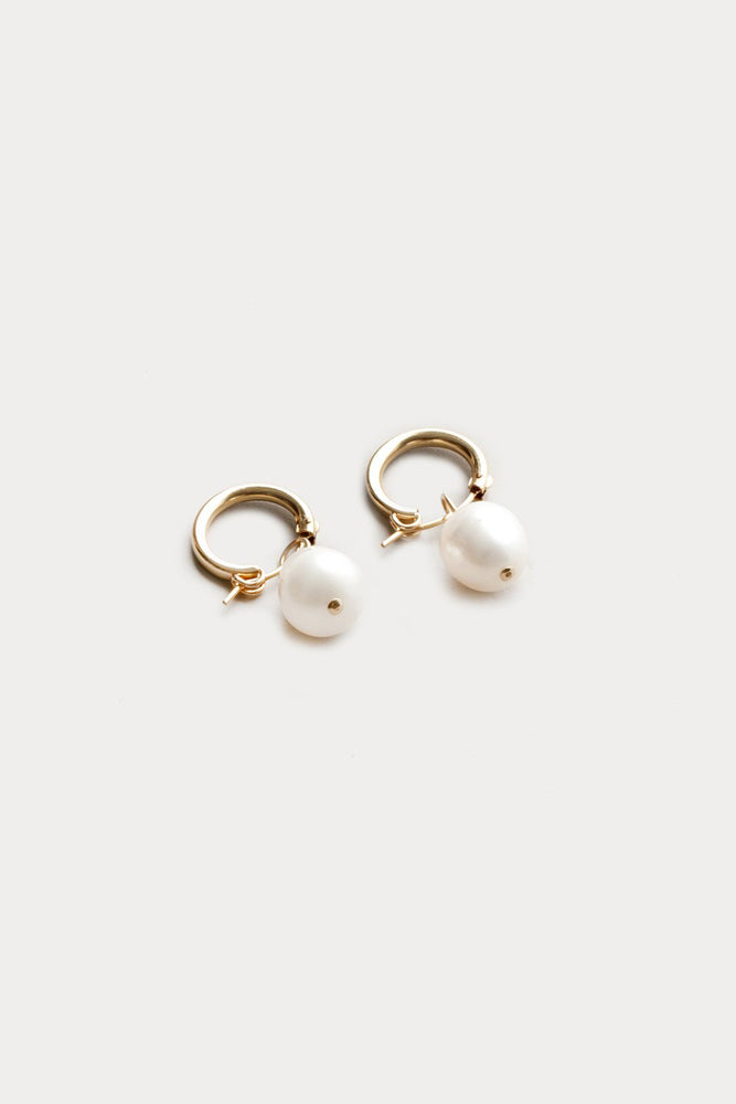 Wolf Circus Small Pearl Hoop Earrings Gold