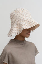 Amomento Flower Lace Bucket Hat