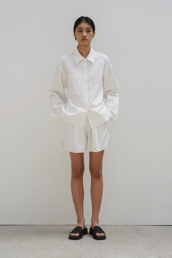 Amomento White Cotton Shorts
