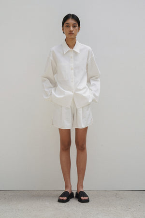 Load image into Gallery viewer, Amomento White Cotton Shorts