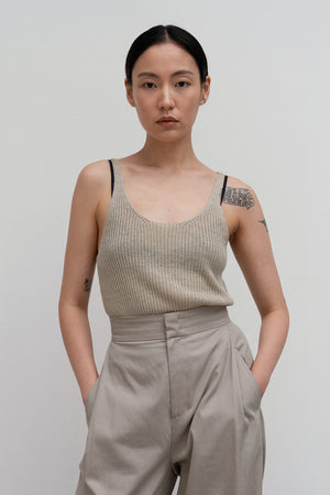 Amomento Organic Linen Sleeveless Top