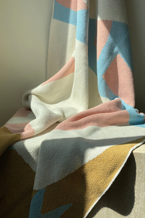 Load image into Gallery viewer, Redding Knit Throw Blanket