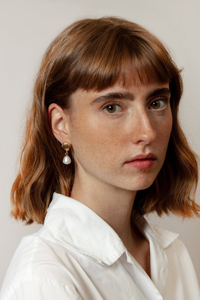 Load image into Gallery viewer, Marcel Pearl Drop Earrings Gold