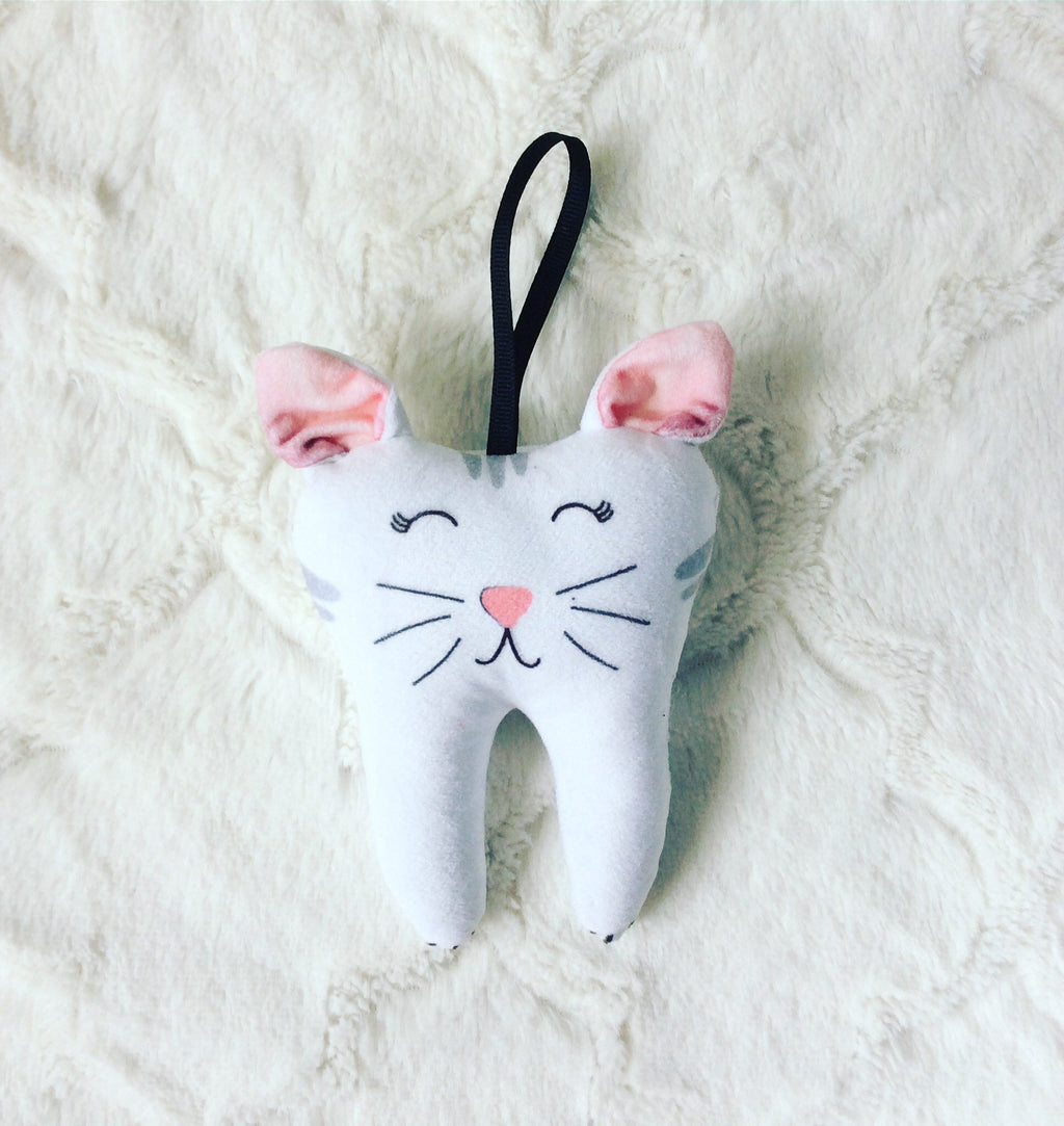 Girl Tooth Fairy Pillow, Cat, Tooth Pillow Gift, Fast Shipping,  Free to Personalize, Easter Gift, Birthday Girl, 25 and Under Gift,