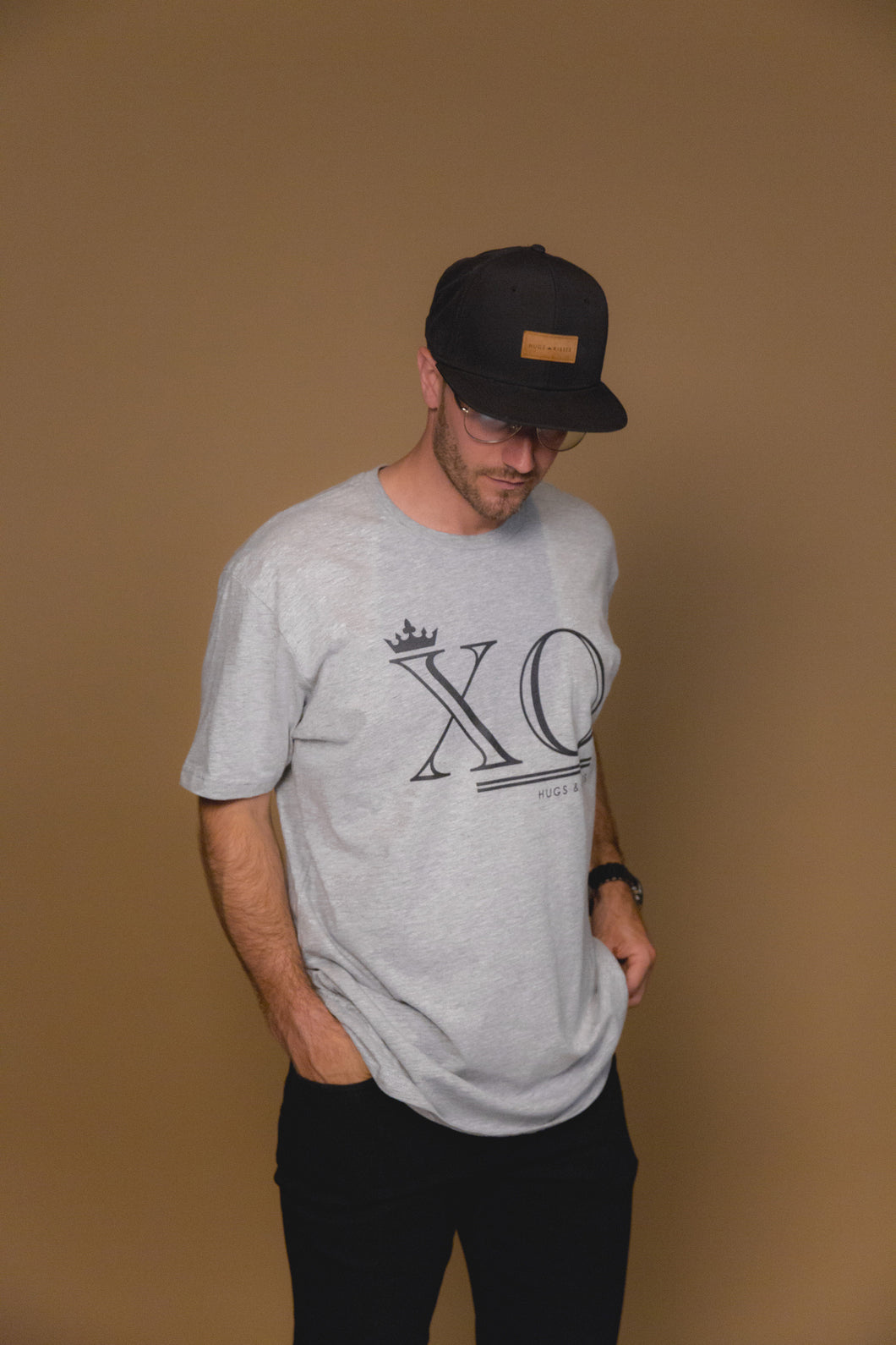 XO Hugs and Kisses T-Shirt XO Grey