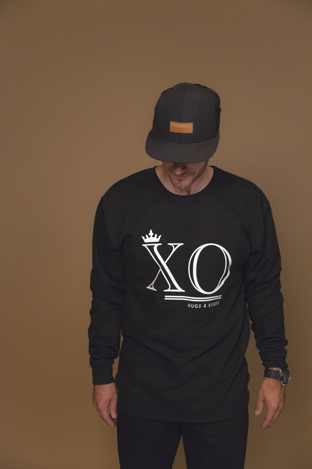 XO Hugs and Kisses Crewneck XO Black