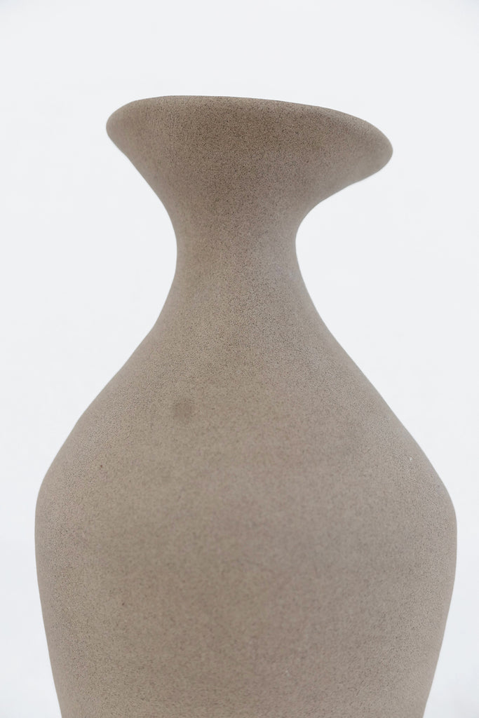Jade Paton Vessel 03 in Unglazed Natural
