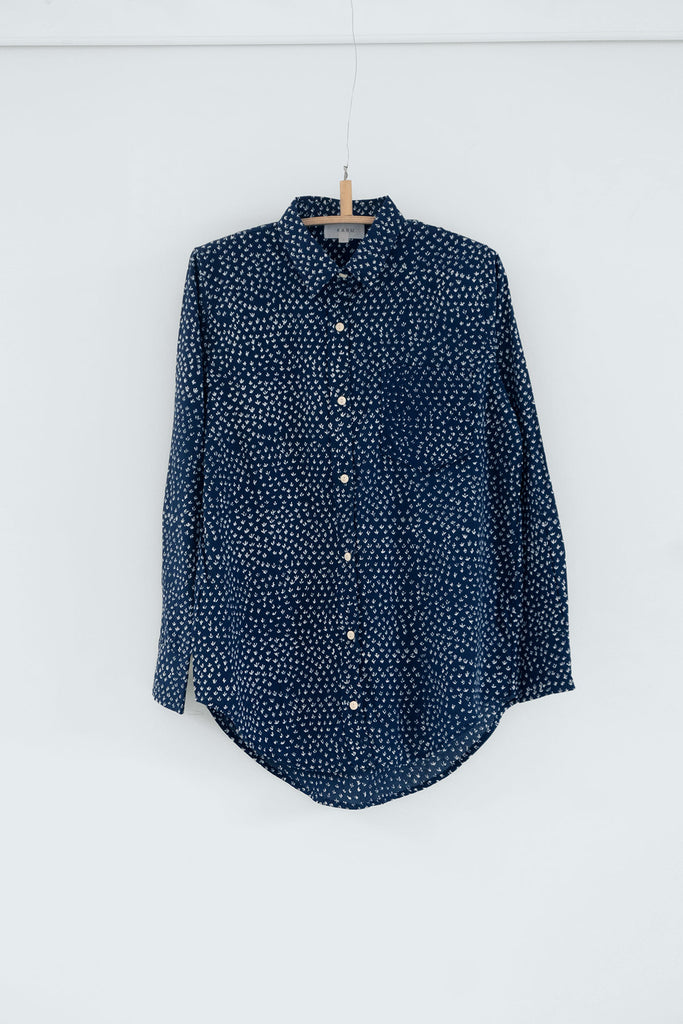 Scrub Print Shirt in Midnight Blue