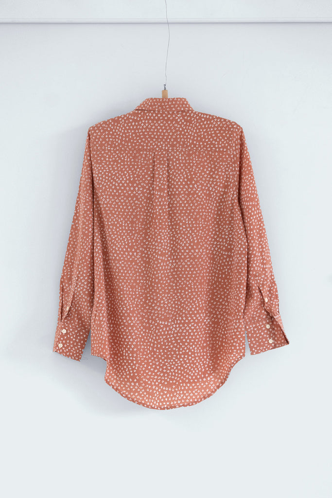 Scrub Print Shirt in Dusty Pink Clay