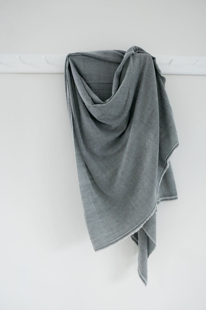 Woven Wool blanket in Grey and Cream