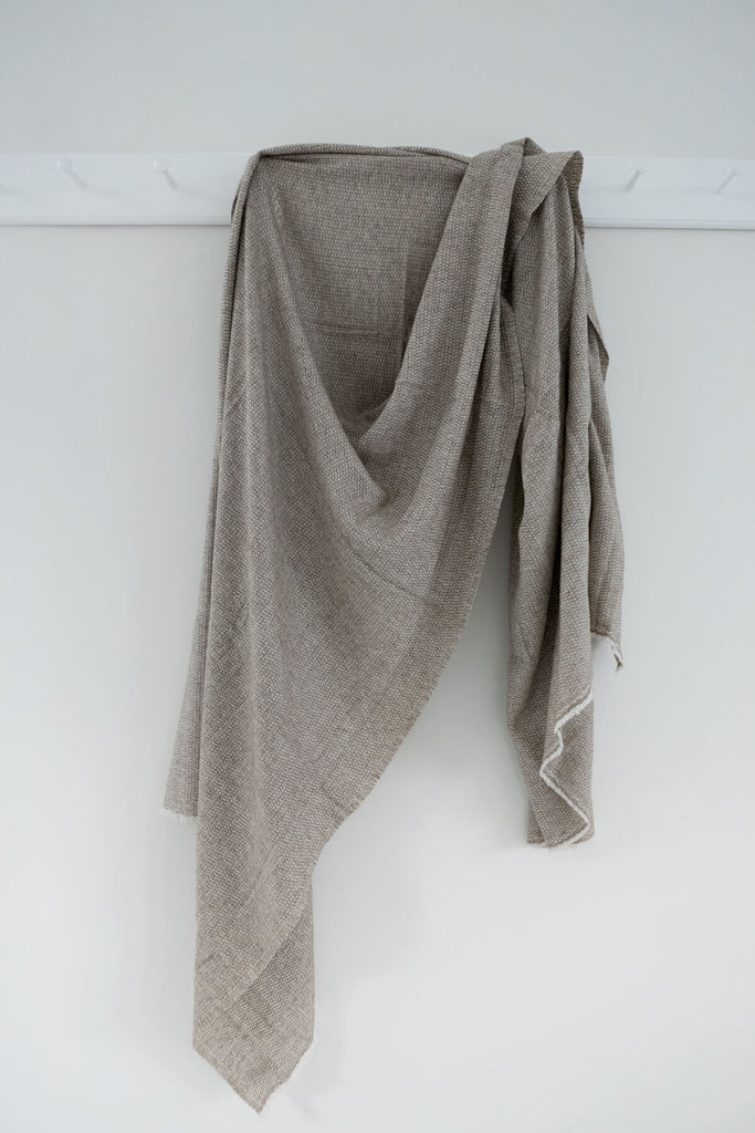 Woven Wool blanket in Taupe