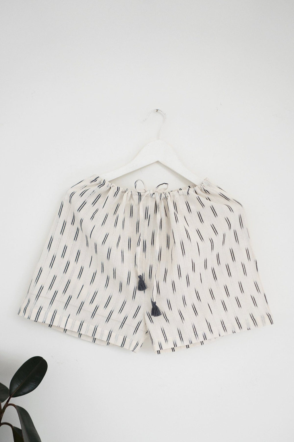 Ikat Sleep Shorts in Ivory